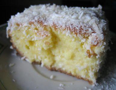 bolo de coco gelado